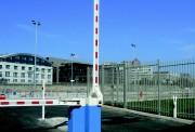 Barrière levante haute sécurité pour entreprises - Jusqu'à 6m de lisse