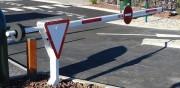 Barrière manuelle levante - Longueur de la lisse : de 2 à 10 m