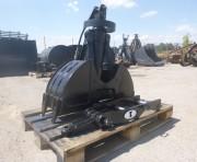Benne preneuse pour mini pelle chantier 5 à 6 tonnes - Rotation libre sur vérin vertical : système benne Poclain