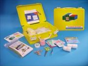 Boîte de secours - Kit de secourisme Dimensions : 250 x 185 x 83 mm.