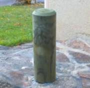 Borne amovible en pin 70 cm ht - Dimensions : 70cm Ht - Diamètre :16 cm