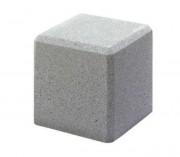 Borne anti stationnement en béton carrée - Dimensions (L x l x H) : 40 x 40 x 40 cm