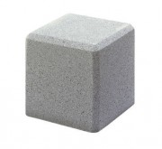Borne béton carrée - Dimensions : 45 x 45 x 45 cm