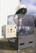 Boucheuse visseuse rotative 1 tête - Rendement : 1500 coups/heure pour bidons de 5 litres