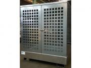 Box de stockage acier avec parois ajourées pour 2 fûts - Abri de stockage avec rétention et parois ajourées pour ranger 2 fûts de 220 L ou bidons contenant des liquides polluants - Capacité de rétention : 220 L