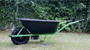 Brouette électrique 120 litres - 6 à 8 heures d'autonomie - Puissance moteur 250 W tension 12 V