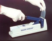 Broyeur de comprimés Silent KnightTM - Ref: 7423-01