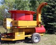 Broyeur de paille économique - Poids du broyeur : 3040 kg