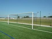 But football pour 11 membres - Dimension réglementaire : 7.32 x 2.44 m