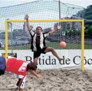 But pour beach soccer en alu
