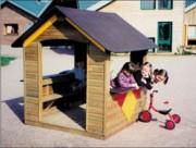 Cabane pour enfants 1.50 x 1.50 m - Dimensions (LxlxH) : 1.50 m x 1.50 m x 1.83 m