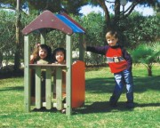 Cabane pour enfants en bois - Dimensions (L x P x H) cm :  68 x 68 x 145