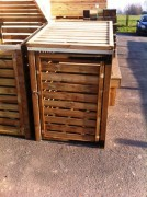 Cache poubelle en bois - Dimensions (mm) : 1000 x 900 x 1400 ou 1000 x 1710 x 1400