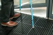 Caillebotis antidérapant clipsable - Conforme aux normes handicapés