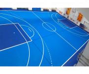 Caillebotis polypropylène pour salles de sports intérieur-extérieur - Dalles de 30 x 30 cm et qui supportent des charges de 20 tonnes/m². Coloris et marquages au choix, tous types de sports.