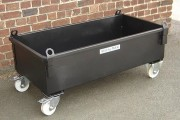 Caisse métallique spéciale avec roulettes - Charge maxi : 1000 kg