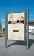 Caisson d'affichage publicitaire sur poteaux - Surface visible : h 1710 x 1160 mm