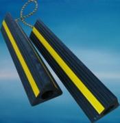 Cale de roue en caoutchouc Boeing - Longueurs disponibles (cm) : 25 - 30 - 45 - 61