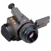 Caméras thermographiques 320X240 pixels - Détecteur de 320X240 pixels affiche les images thermographiques en couleur ou noir et blanc sur un écran LCD