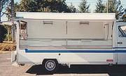 Camion magasin - Épaisseur de l'ensemble des panneaux : 30 mm latéraux