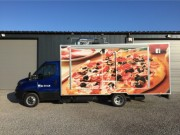 Camion Pizzeria Iveco daily avec four à sole rotative  - Longueur de 5m, largeur de 2m20,hauteur intérieur de 2m10