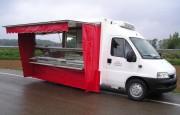 Camion pour boucherie - Vitrine fixe ou sortante