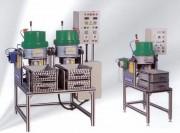 Centrifugeuse d'ébavurage et polissage - Volume total : 14 à 100 L