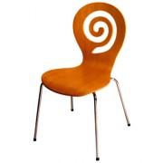 Chaise en bois contreplaqué