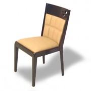 Chaise en bois exotique dossier en simili cuir