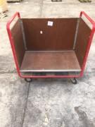 Chariot à ridelles en bois - Occasion en bon état - De manutention