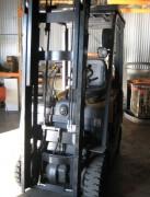 Chariot élévateur d'occasion Gaz - Capacité : 1.5 T