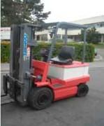Chariot élévateur électrique 2500 Kg - Hauteur de levage (m) : 4.3