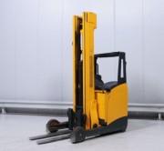 Chariot élévateur rétractable occasion 2000 kg - Hauteur de levée 7400 mm