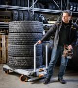 Chariot mobile d'auto-chargement pour véhicule utilitaire - Capacité : 250 kg