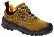 Chaussures de sécurité basses en velours pointure 38 à 48 - Matière : Croûtes de velours - Coloris : Beige