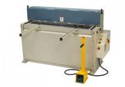Cisaille guillotine hydraulique en acier - Capacité : De 1,2 mm à 2 mm