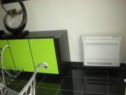 Climatisation avec console basse - Chauffer et de rafraîchir une pièce jusqu'à 60 m²