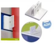 Clip adhésif affichage suspendu - Fabriqué en plastique - Adhésif - Dim : 25 x 25 mm