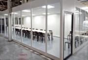 Cloison vitrée monobloc - Vitrage épaisseur 4mm inséré dans profil PVC