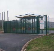 Clôture coulissante industrielle Deco-grille - Portails pivotants sur mesure