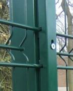 Clôture détectrice à bavolets - À panneaux rigides instrumentés