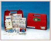 Coffret de premiers secours - Dimensions : 270 x 190 x 110 mm.