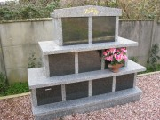 Columbarium en pyramide - Columbariums 6 ou 9 cases