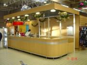 Conception et réalisation comptoir d'accueil - Fabrication d'un comptoir d'accueil pour hypermarché