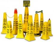 Cônes de sécurité et accessoires - Dimensions (cm) : de 15.2 x 7 x 5.1 à 31.1 x 31.1 x 111.8