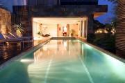 Construction piscine intérieure - Extension décorative de la maison