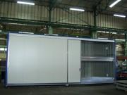Container avec bac de rétention - Dimensions (L x l) : 5 x 2.20 m