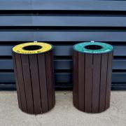 Corbeille avec protège pluie en plastique recyclé - Hauteur 98 cm - Porte frontale