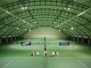Couverture de terrain de tennis - Type d'ossature : bois lamellé collé - aluminium - acier