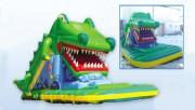Crocodile gonflable jeux d'enfant - Dimensions : longueur 10,3m x largeur 5,6m x hauteur 3,6m